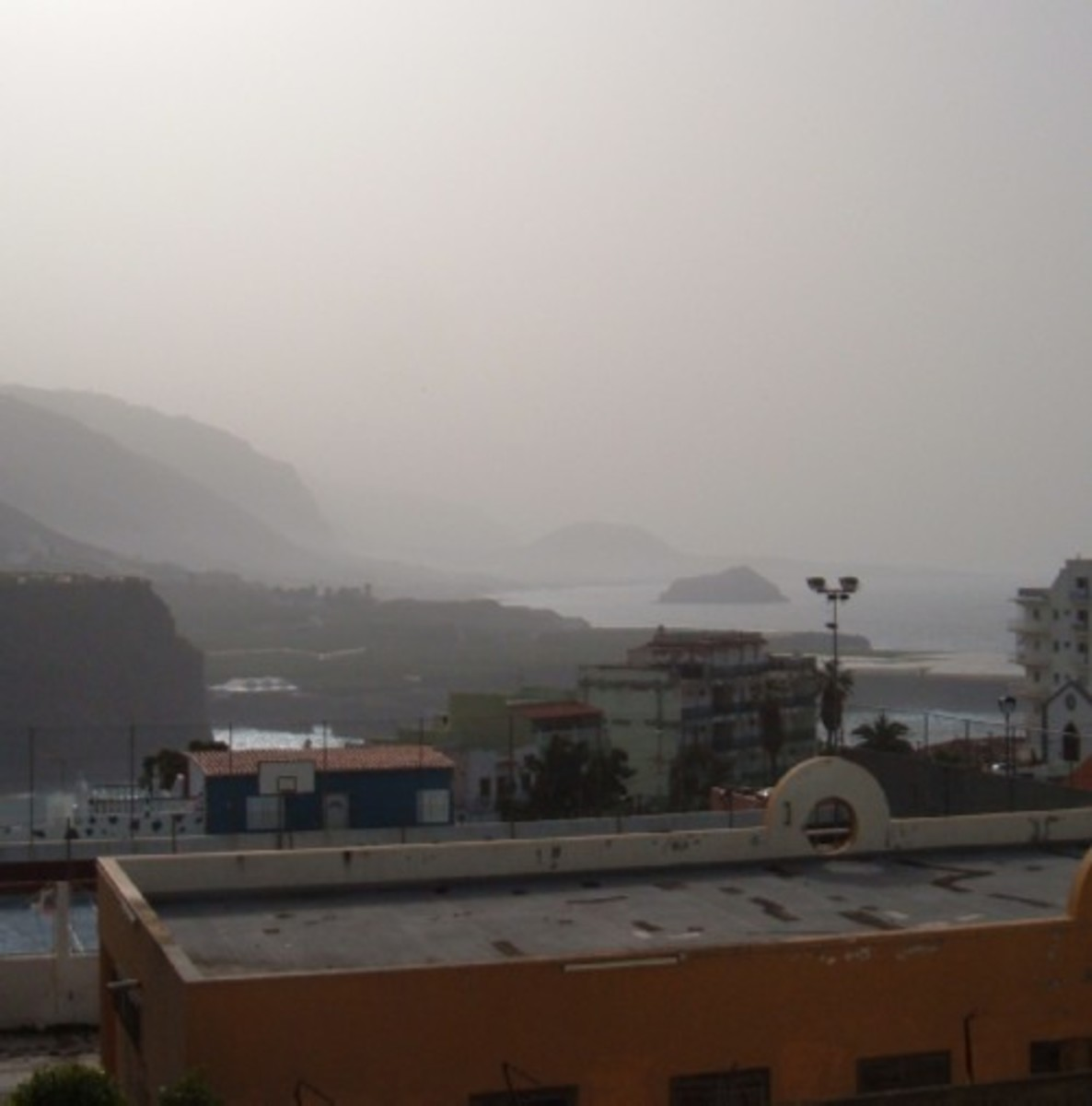 Recent calima (March 2009) as photographed from my balcony looking out to Garachico