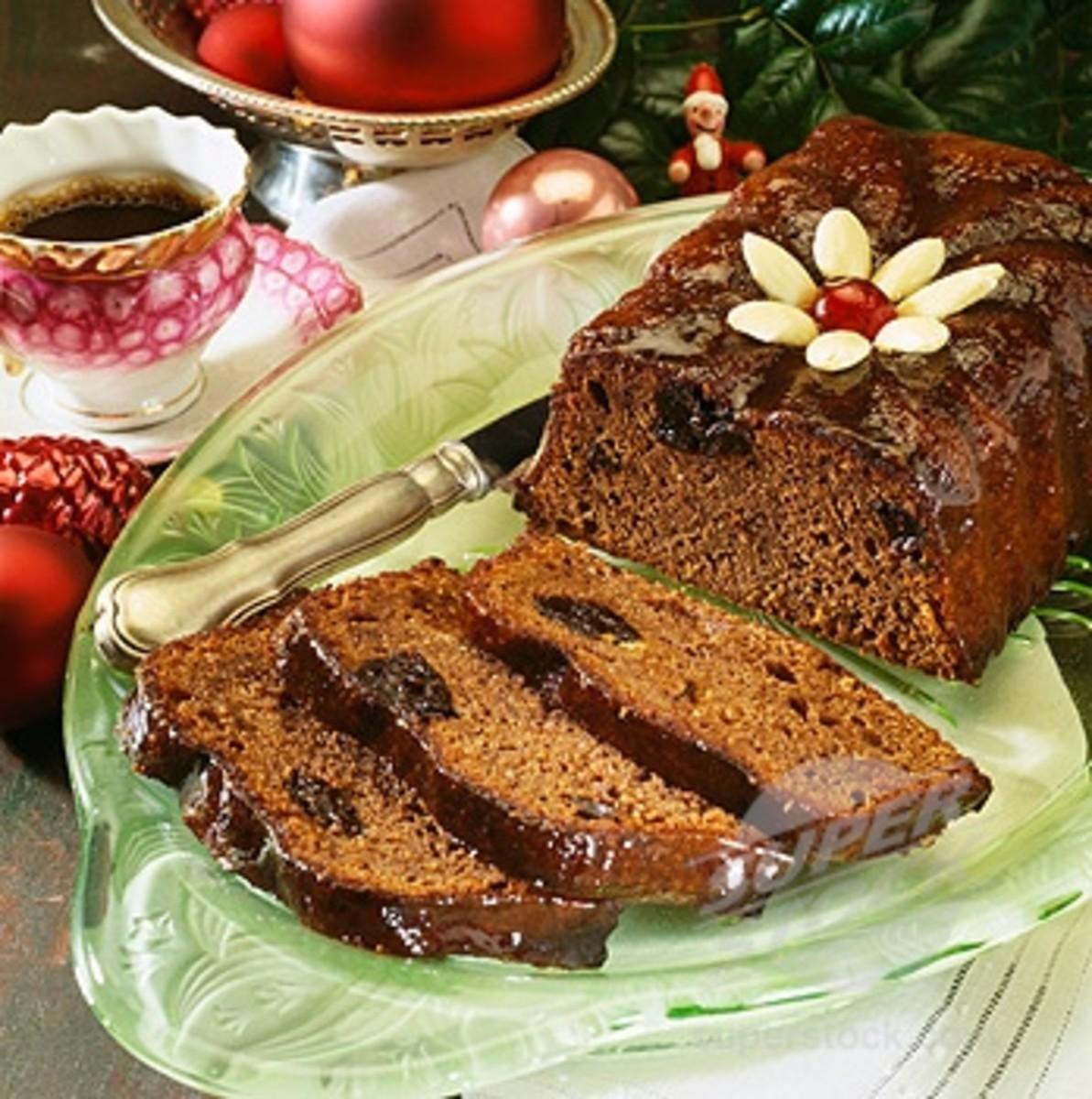 Christmas prune cake