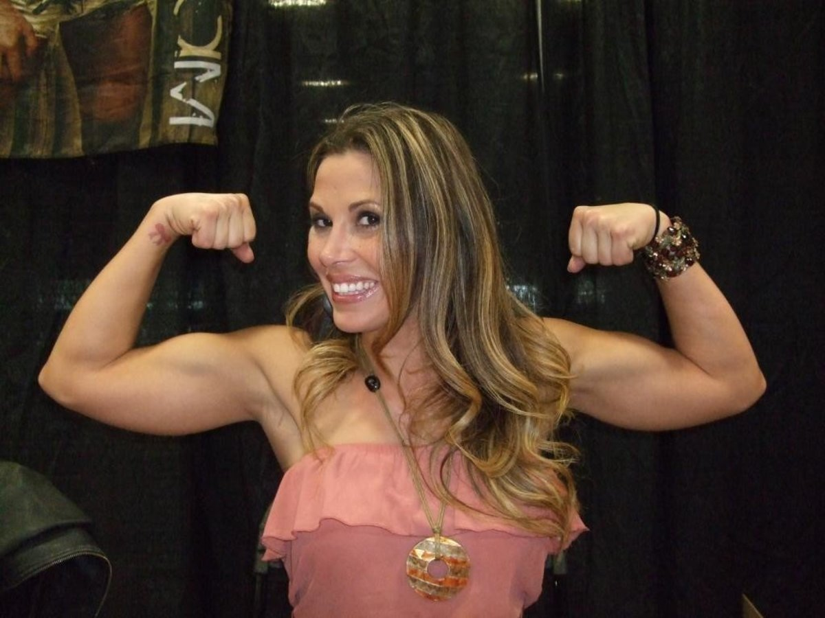 Mickie James is definitely still in shape.