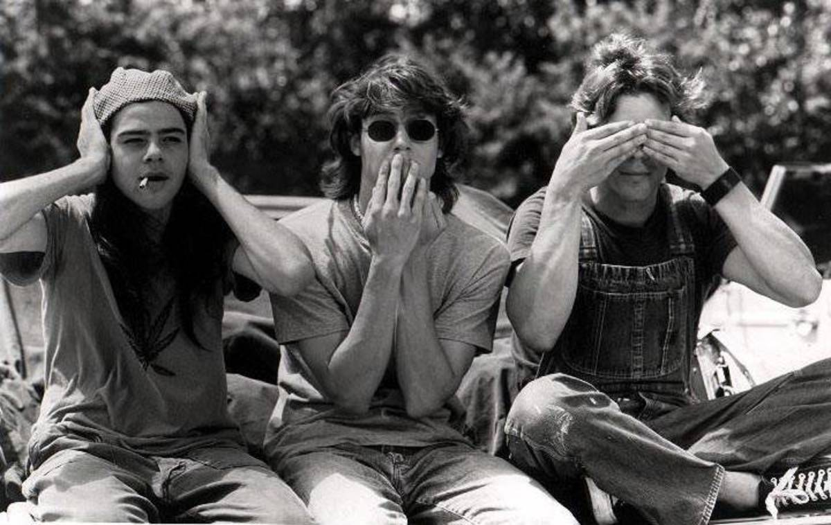 Dazed and Confused... Hear no evil, speak no evil, see no evil.