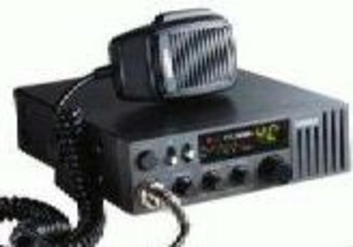 What is the difference between CB Radio and Ham Radio?