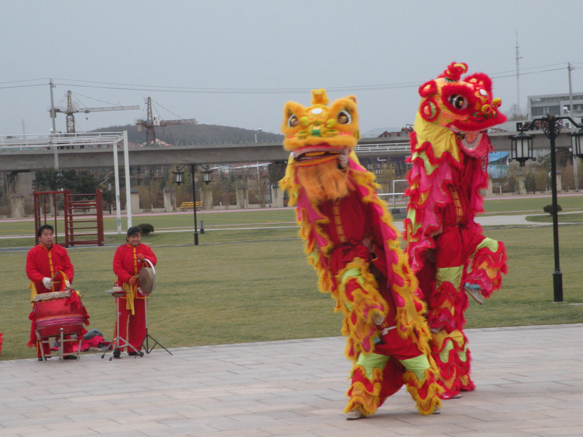 Dragon dancers on Chinese New Year