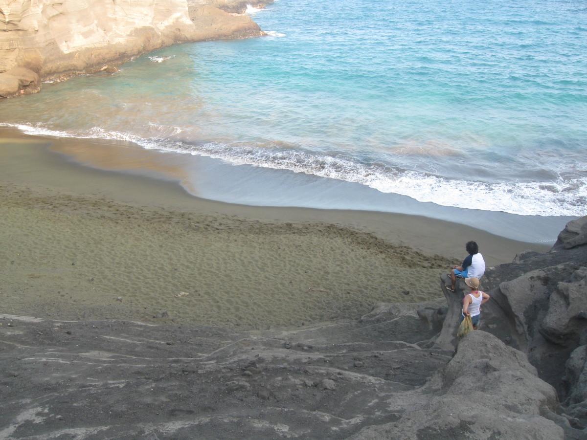 Green Sand Beach on Mahana Bay near Panalu'u