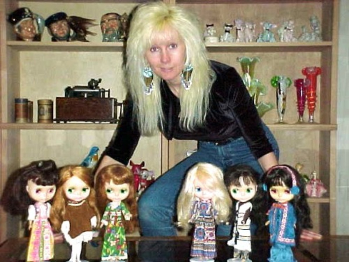 Me and my Blythe dolls in 2001.