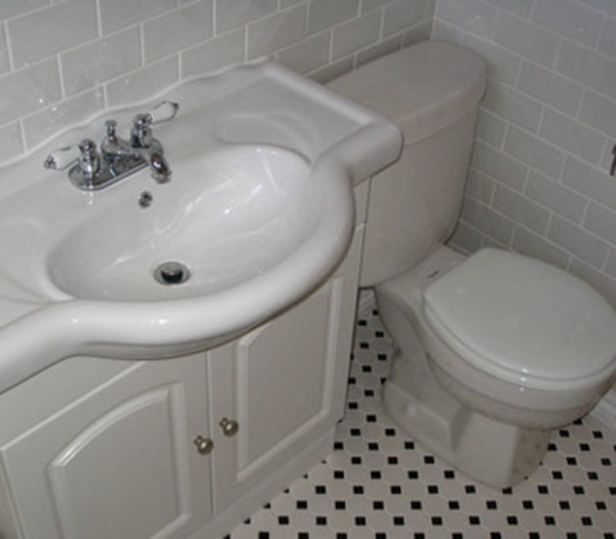 Lean Profile Vanity Saves Space In Small Bathroom