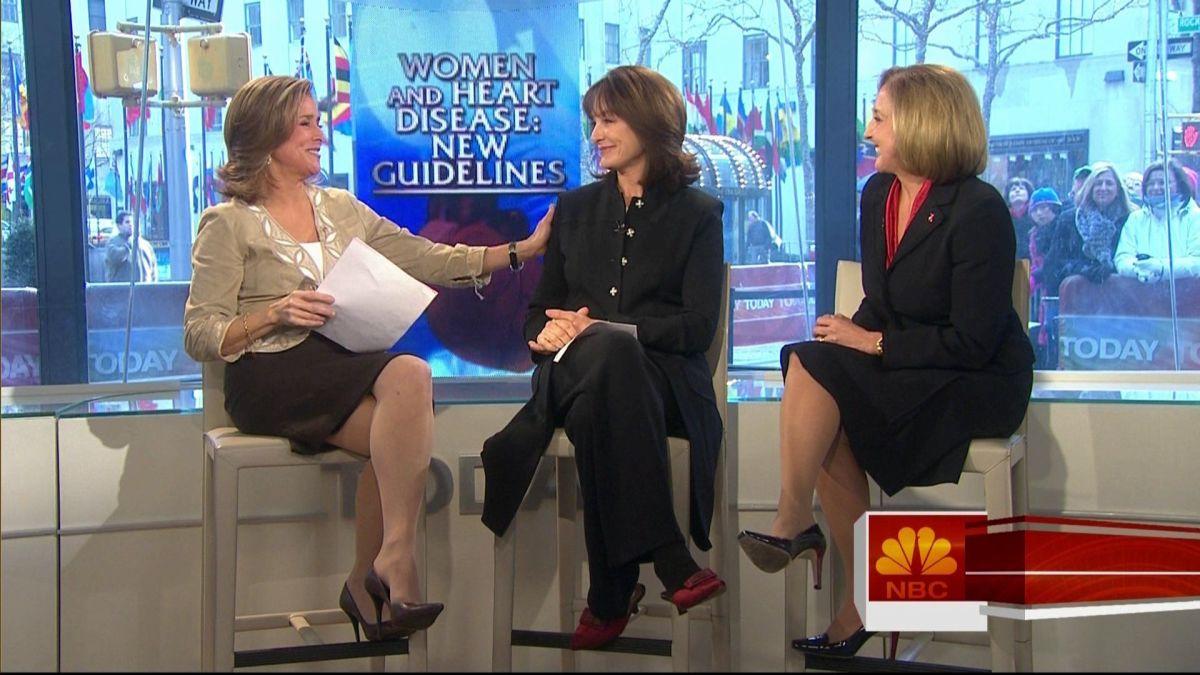 Meredith Viera gorgeous legs in high heels