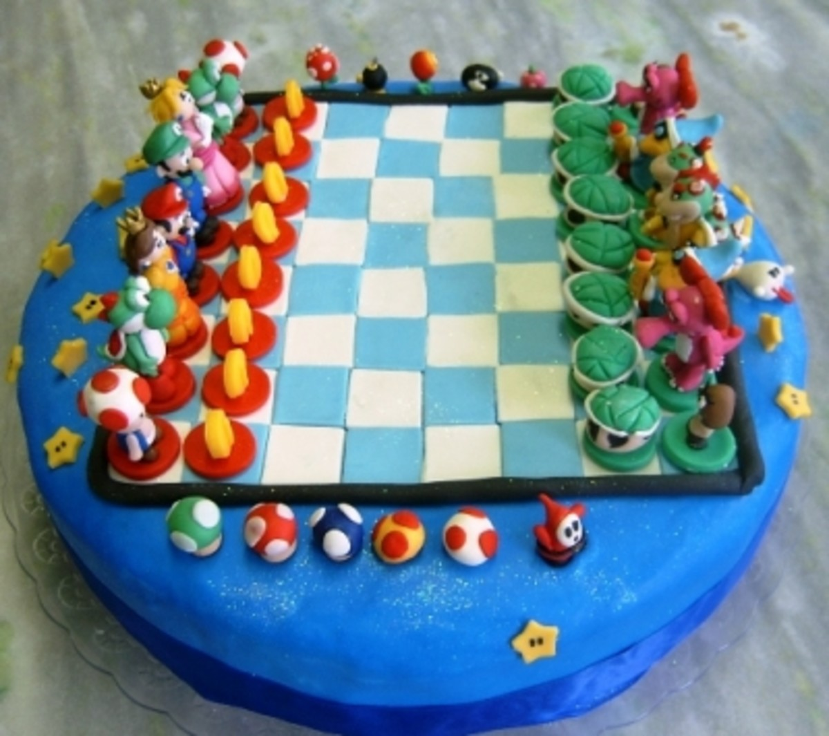 Incredible Mario Chess Cake by Ana Fuji