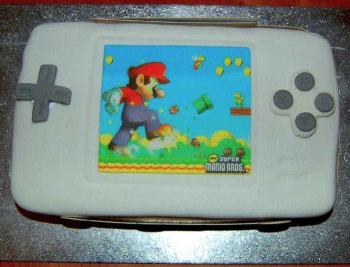 Nintendo DS Cake by leunix via flickr