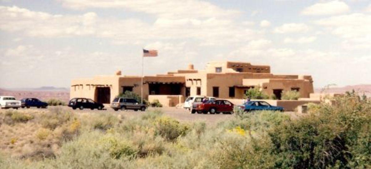 Painted Desert Inn and Visitor Center