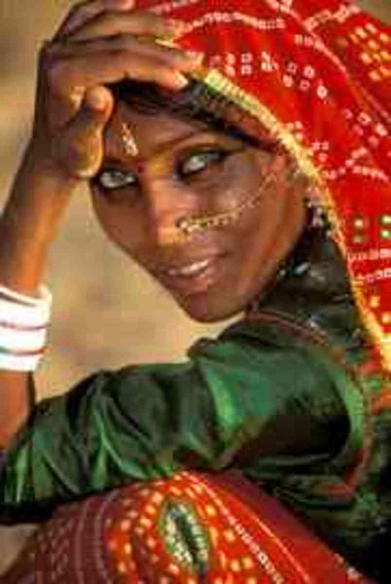 A green eyed kalbeliya woman