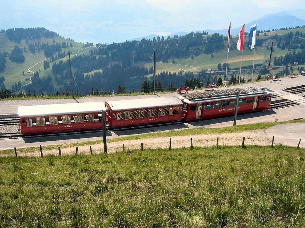 The Rigi cog railway today. Photo by Hullie distributed under CC Attributions Share Alike 3.0