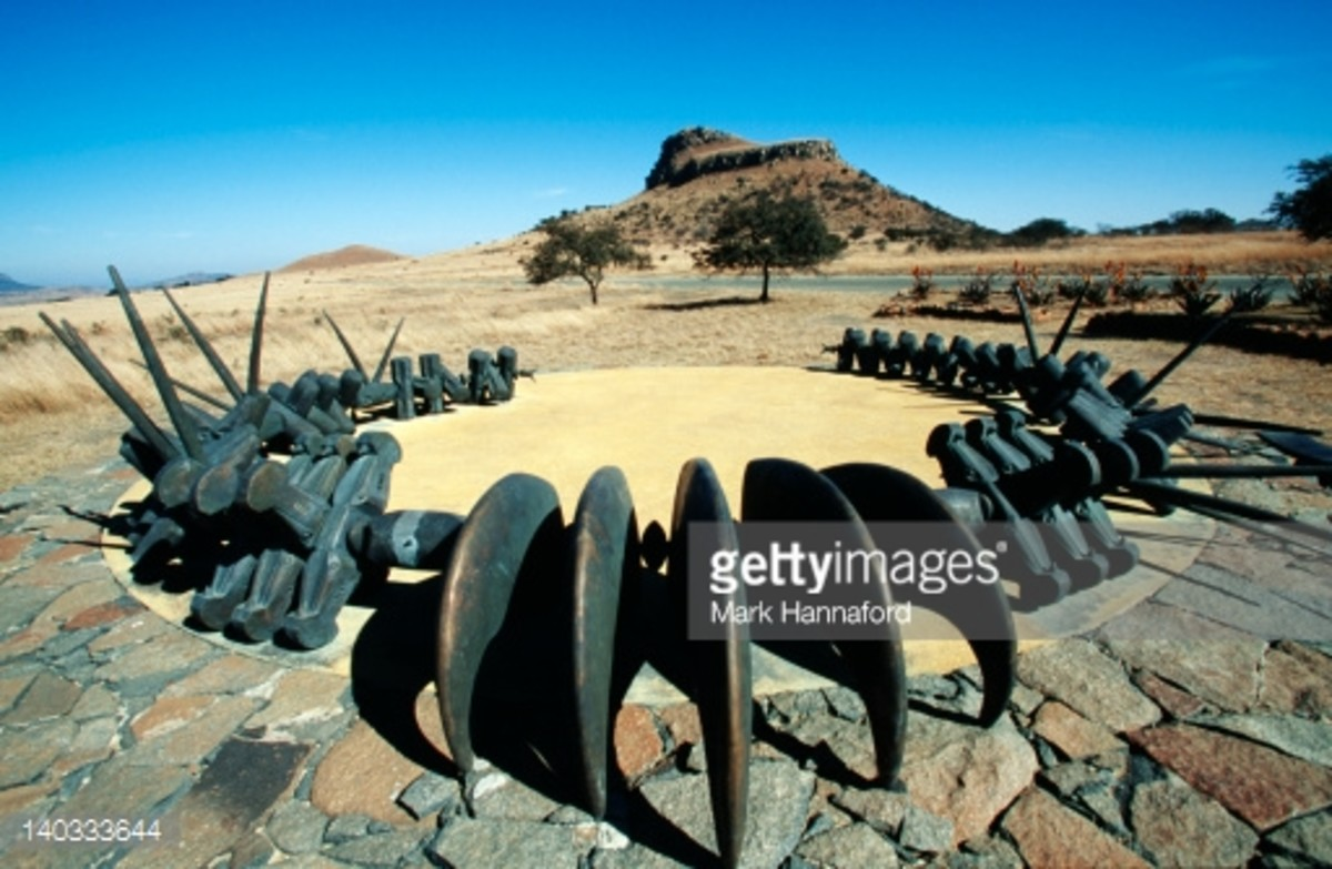 South Africa, Natal Province, Isandlwana. Memorial to the Zulu fallen, Isandlwana, Natal Province on the Battlefields Route, site of British defeat 22 January 1879.