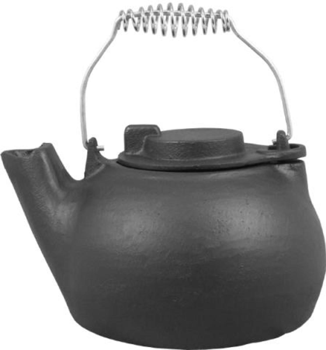 Kettle suitable for use on a Wood Burning Stove