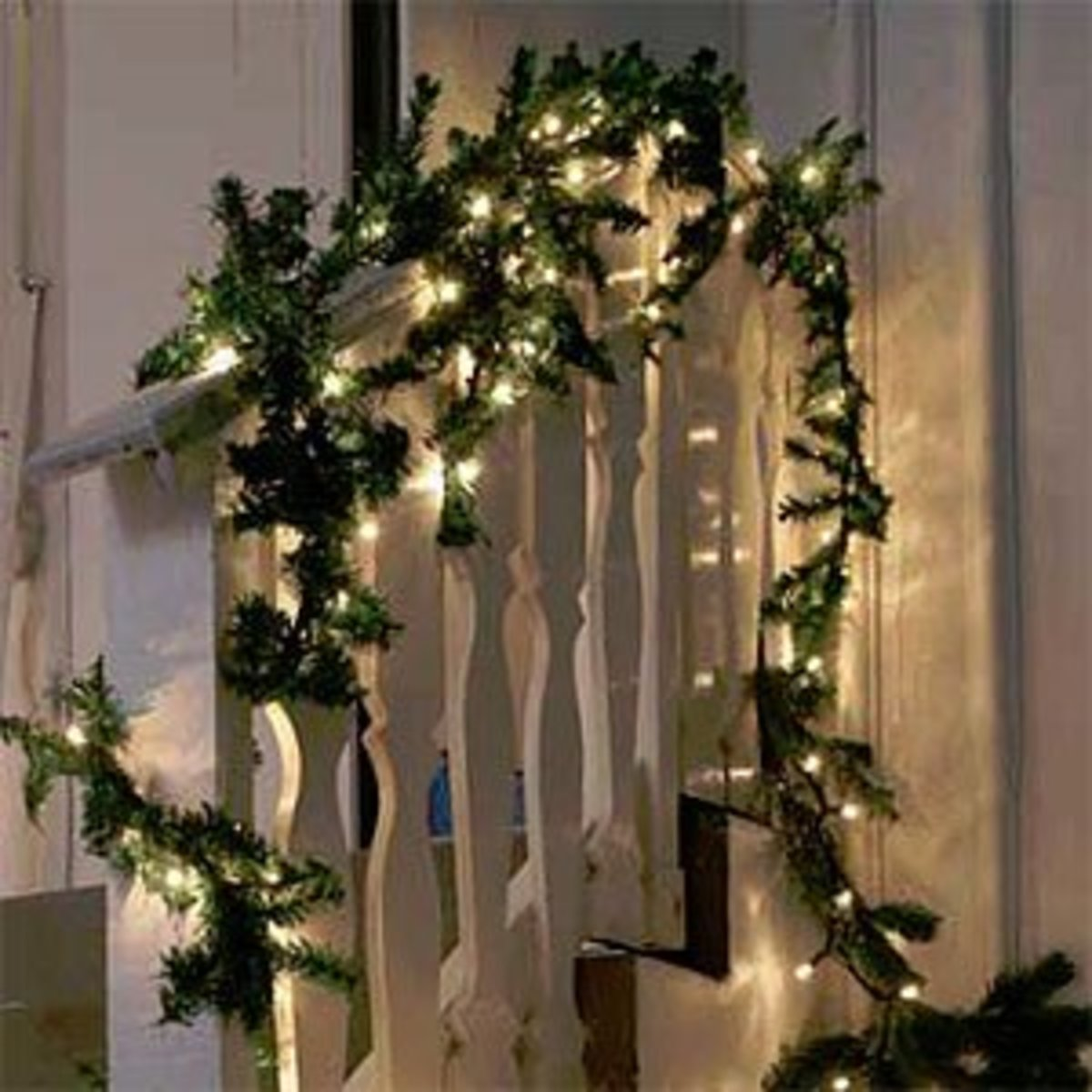 Christmas Garlands For Stairs With Lights : Garland christmas lights  hubpages