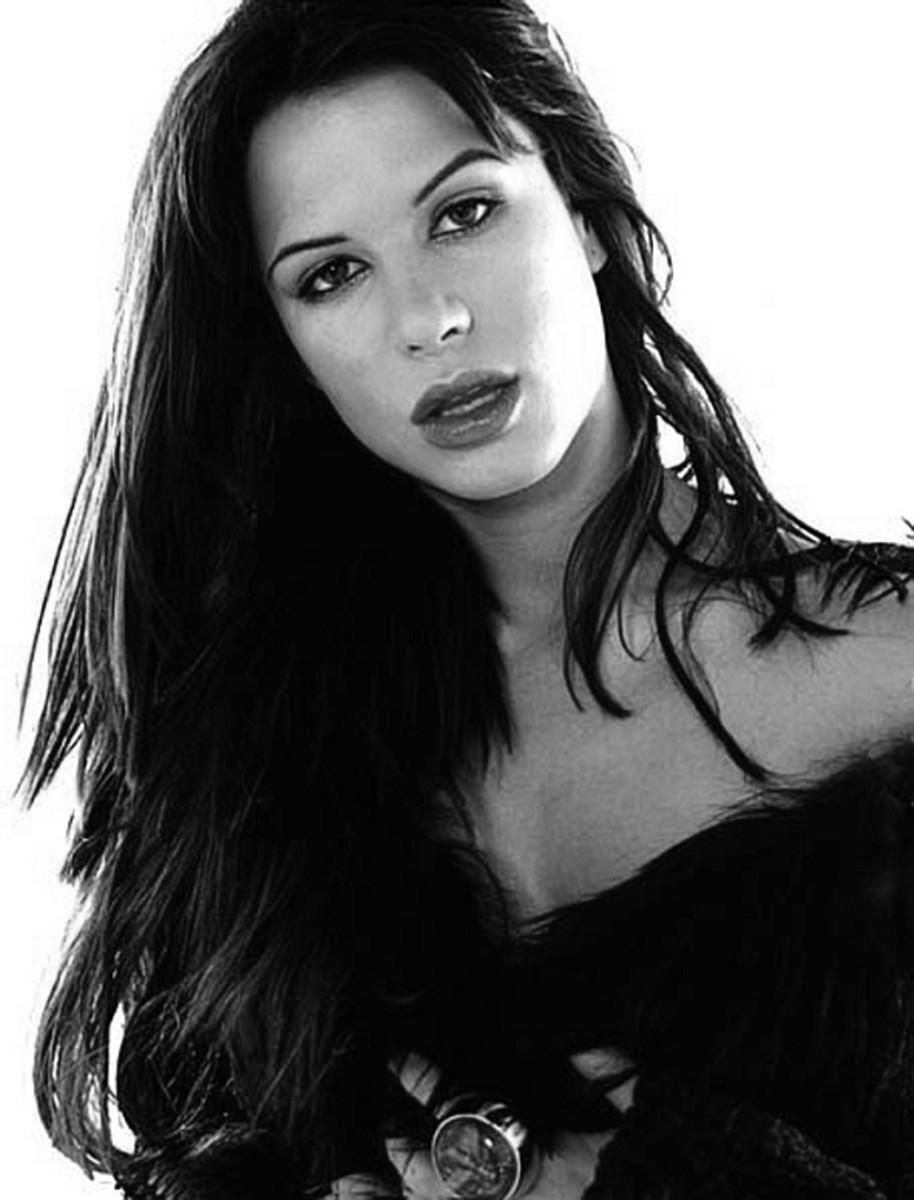 Claire Radcliff - Rhona Mitra