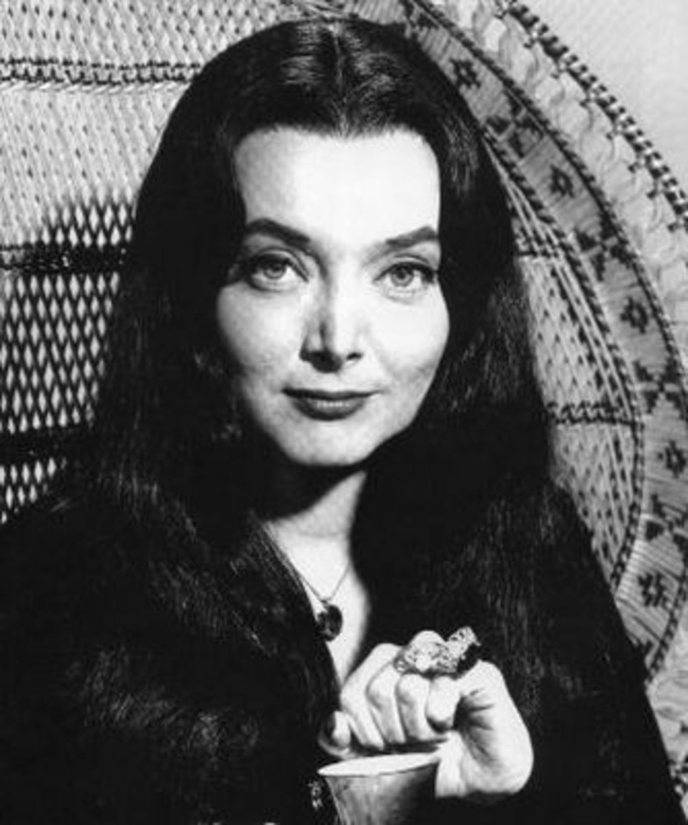 Morticia Addams - Carolyn Jones