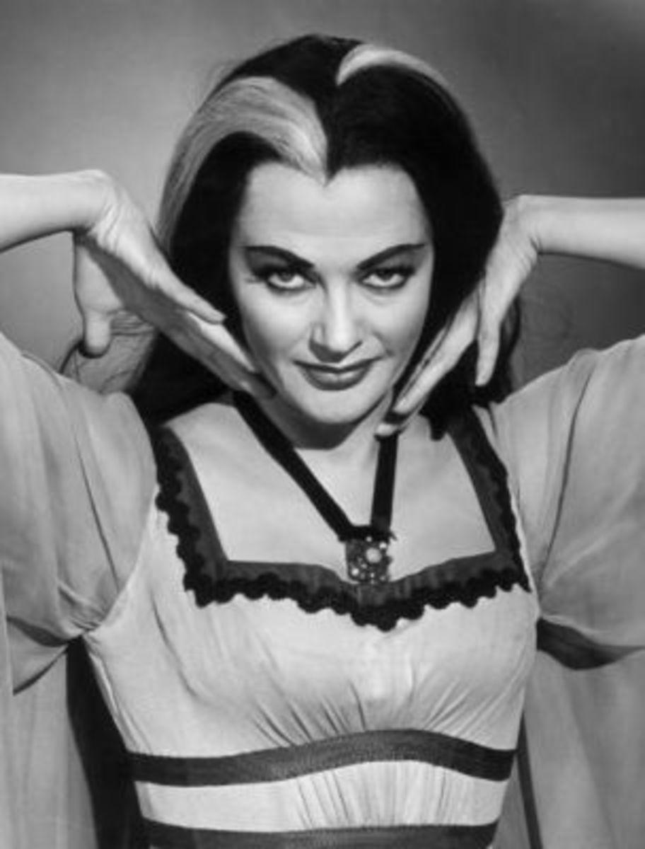 Lily Munster - Yvonne De Carlo