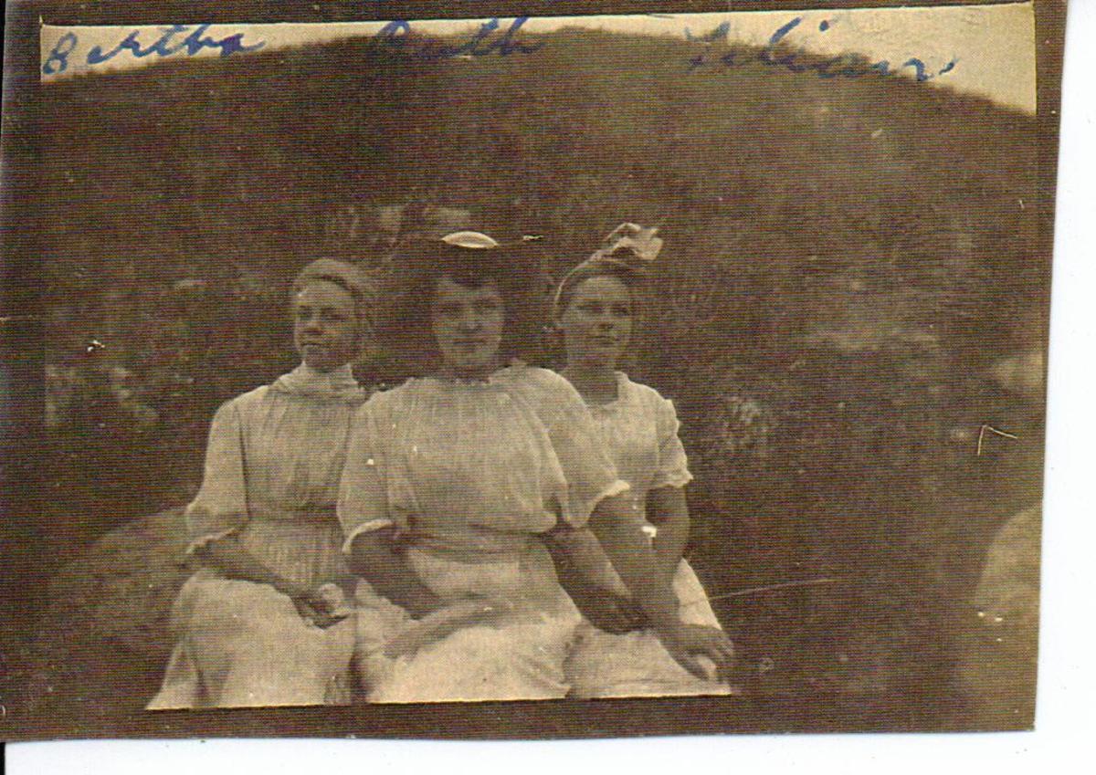 Bertha McGhee and Ruth Vining
