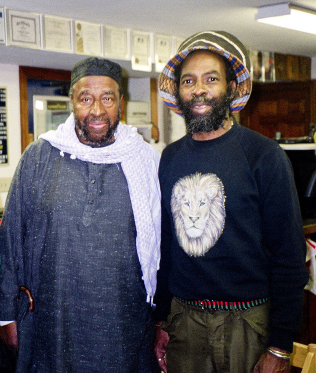 Yusef Lateef (left) with Ed Craig in 2001