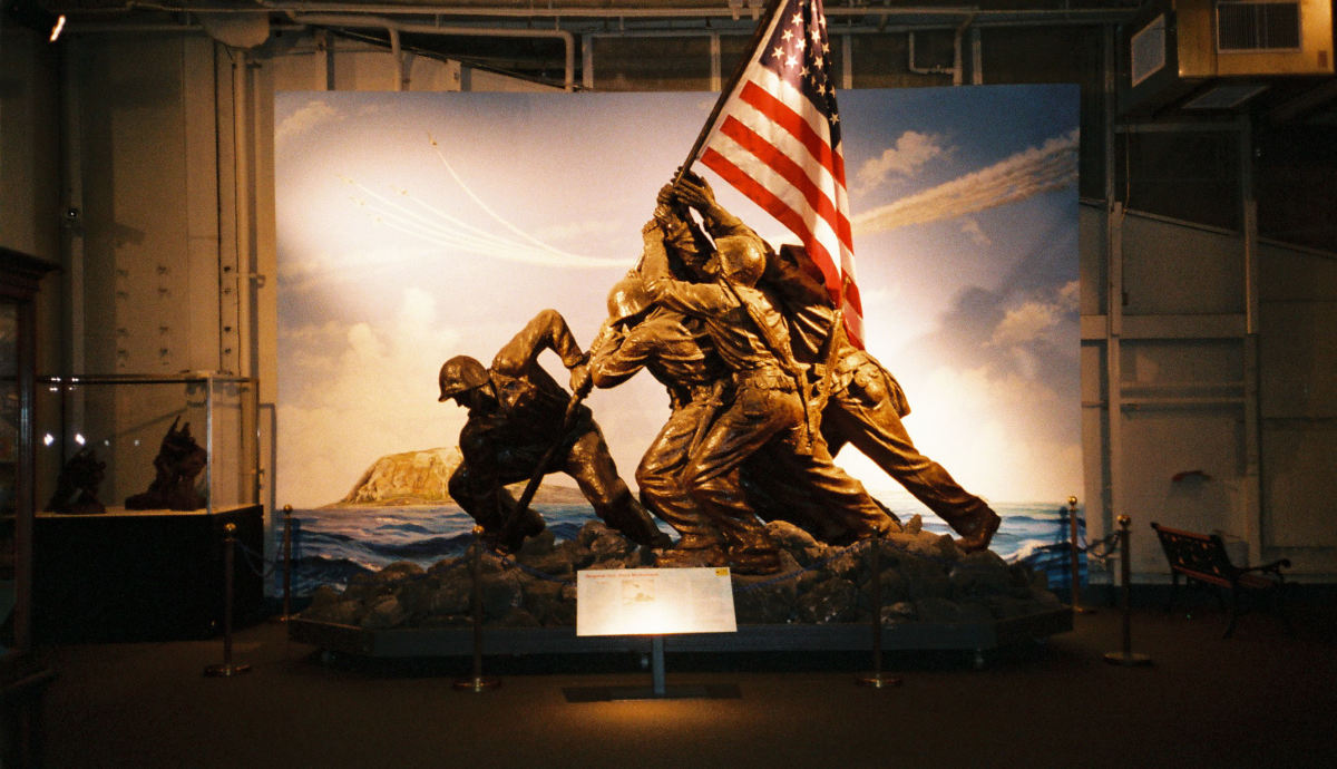 Ira Hayes--Interesting, tragic  facts about aTragic Hero of Iwo Jima who was played by Tony Curtis in movie