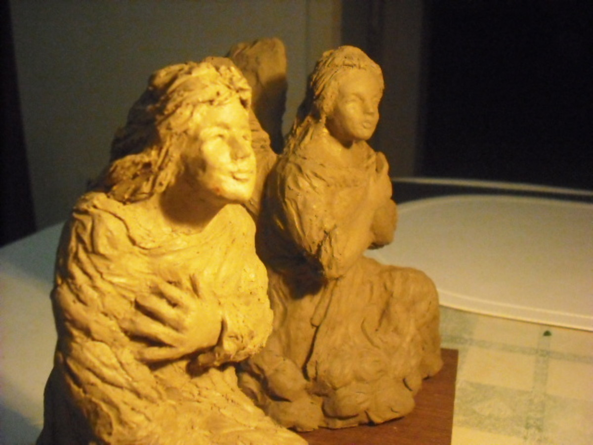 Side by side but they will face each other as in the photo below.  I have spent another couple of hours this morning (27/1/15) just to refine the face and hands of the Virgin and the Angel.