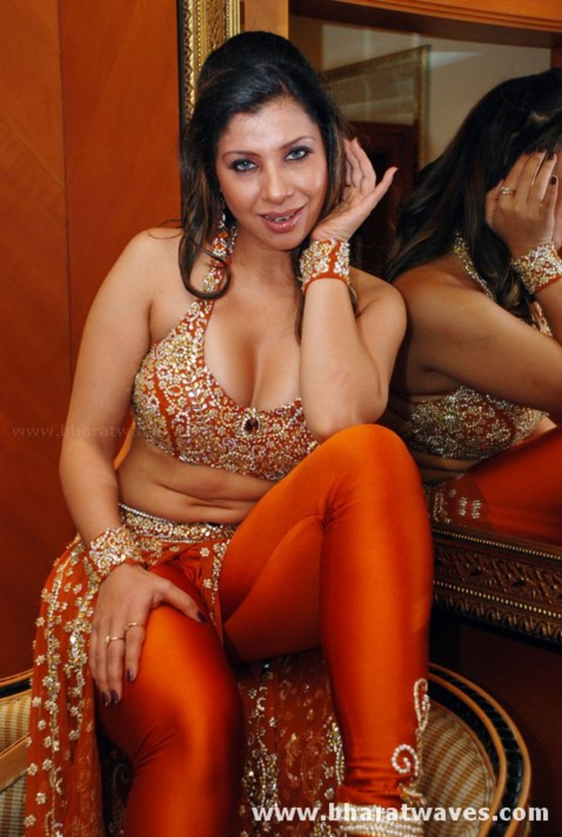 Hot Pictures of Sexy Bollywood Actress Sambhavana Seth