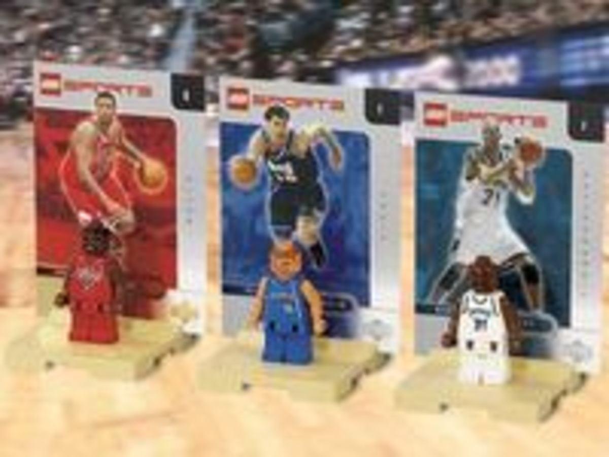 Jalen Rose, Predrag Stojakovic and Kevin Garnett lego Minifigures