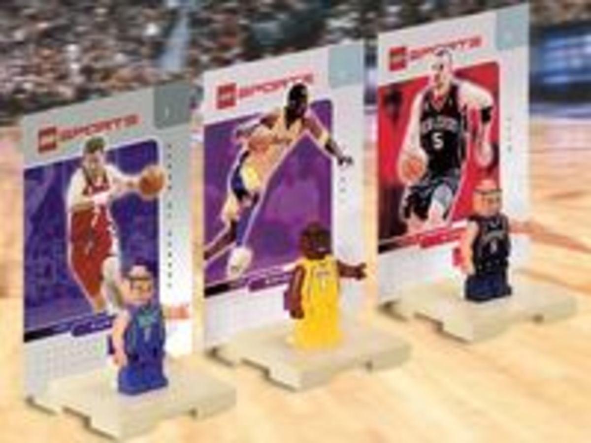 Kobe Bryant, Jason Kidd and Toni Kukoc lego Minifigures