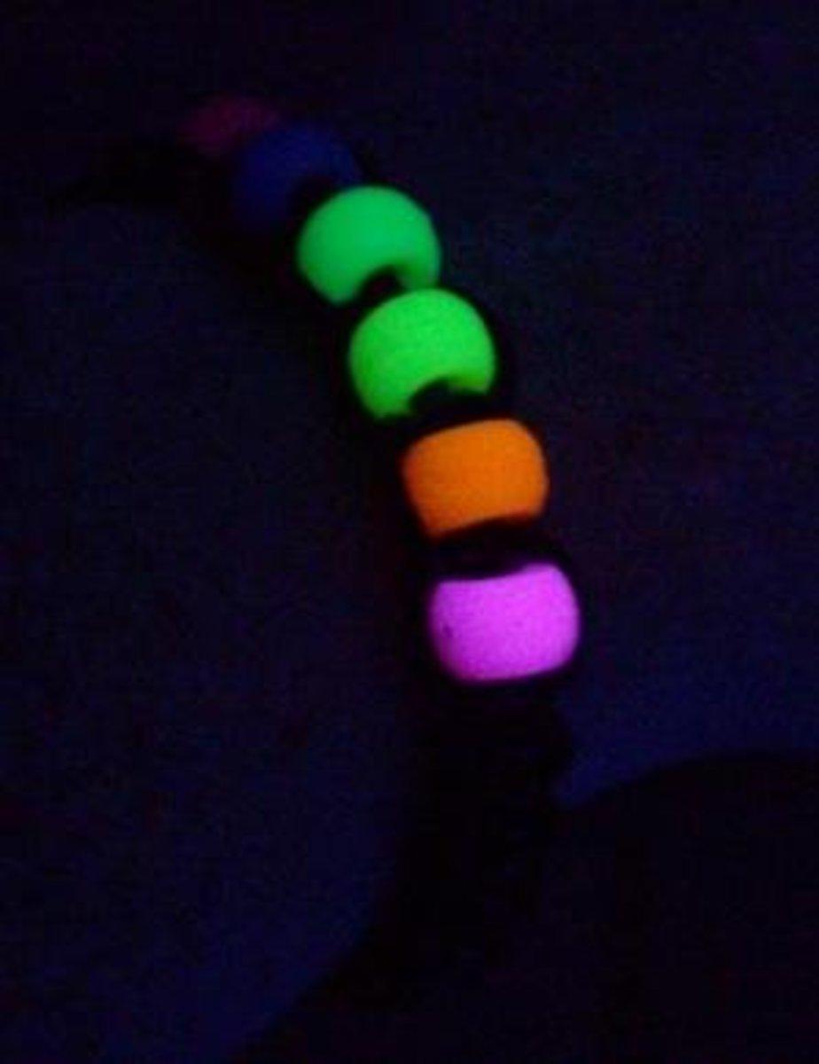Neon UV Reactive
