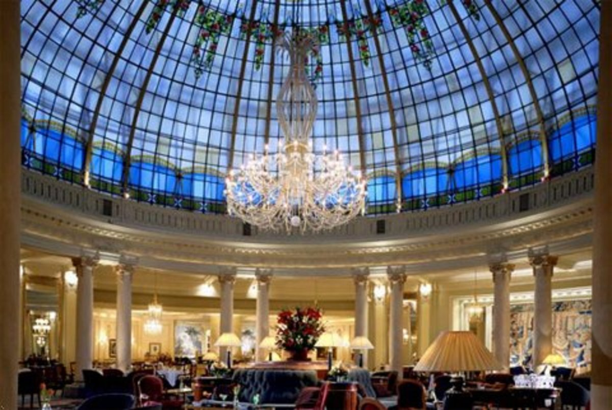 The dome over the main lounge at the Palace. Credit: www.hotelsoftherichandfamous.com