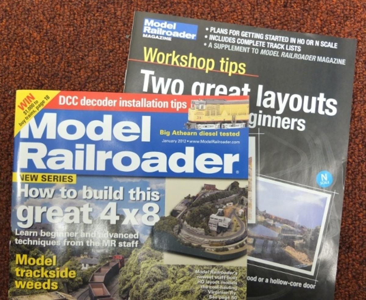 4x8 model railroad article and track plan