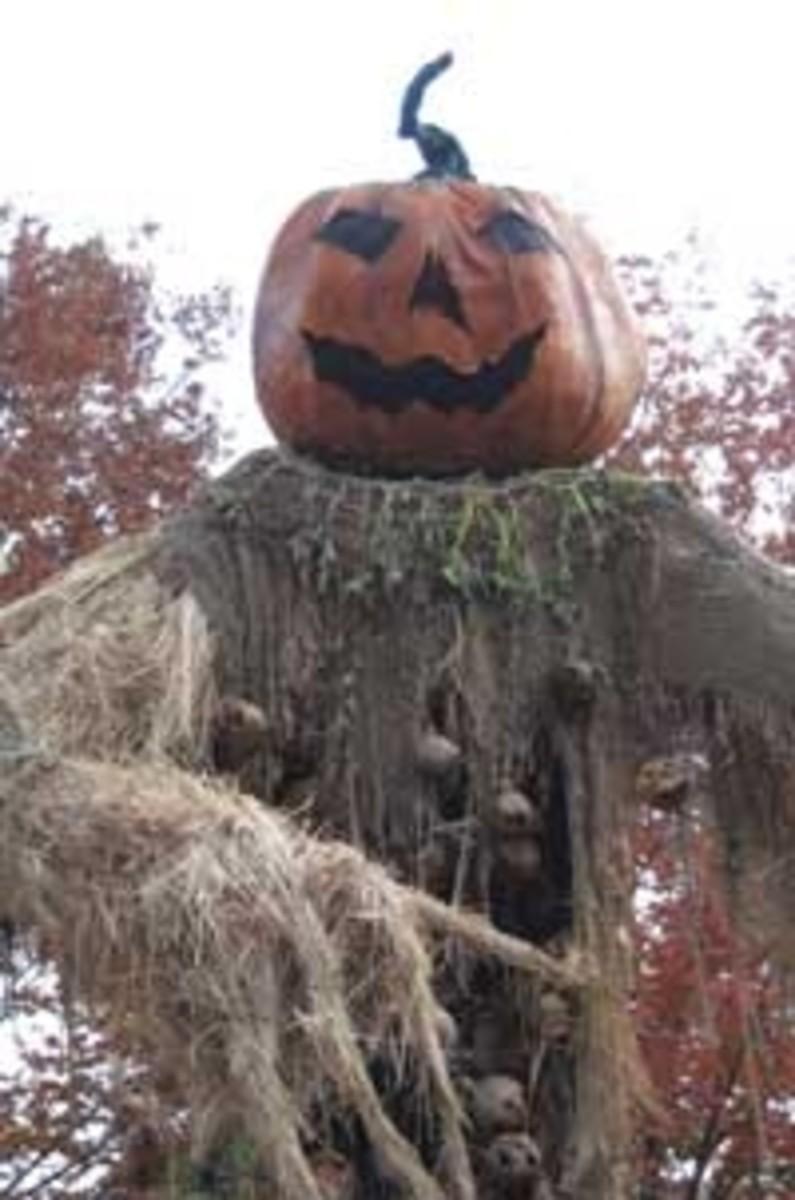 Paper Mache Pumpkin Head Scarecrow 25 feet tall