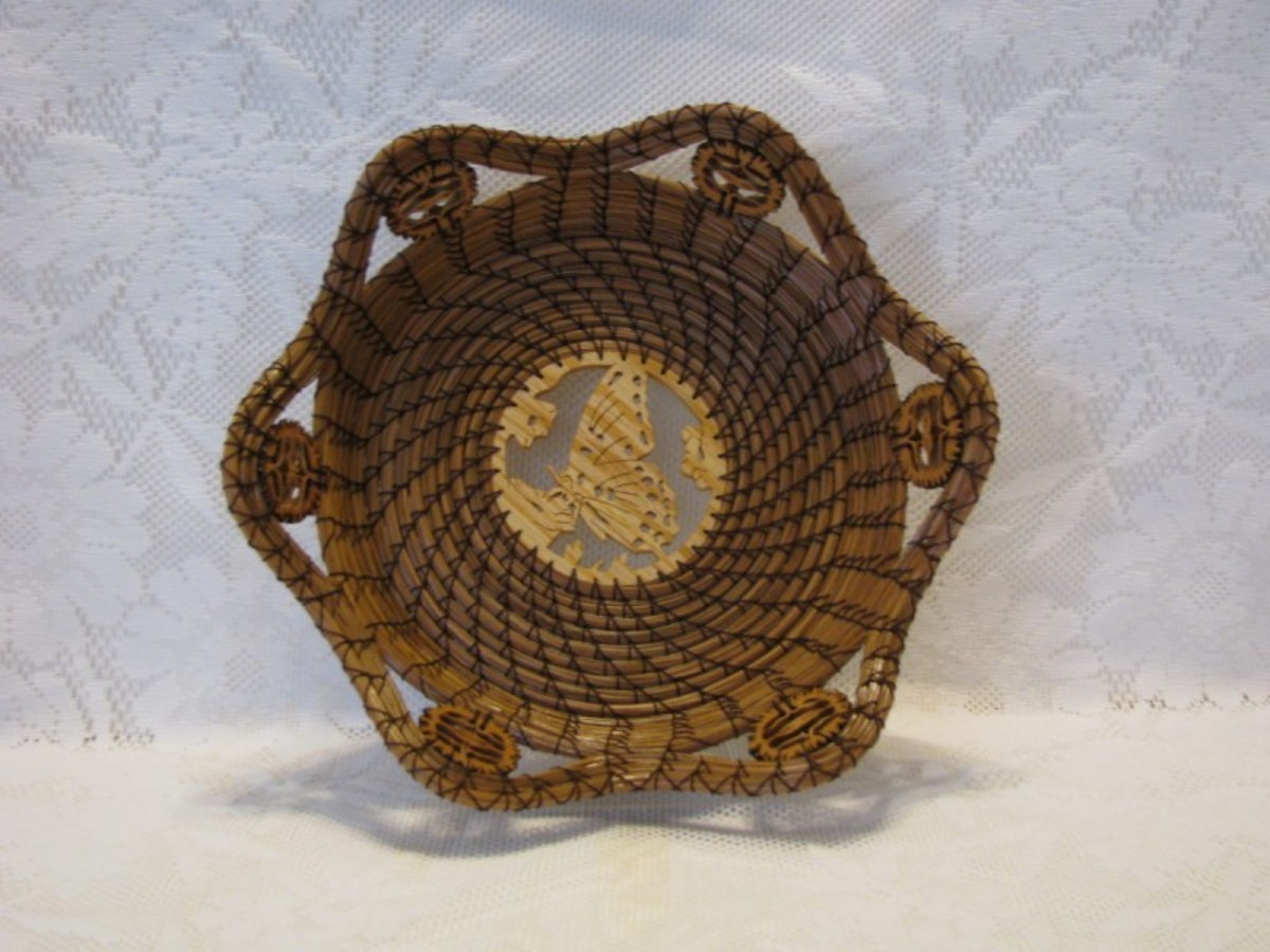 See the black walnuts in the top edge of the basket?        type=text
