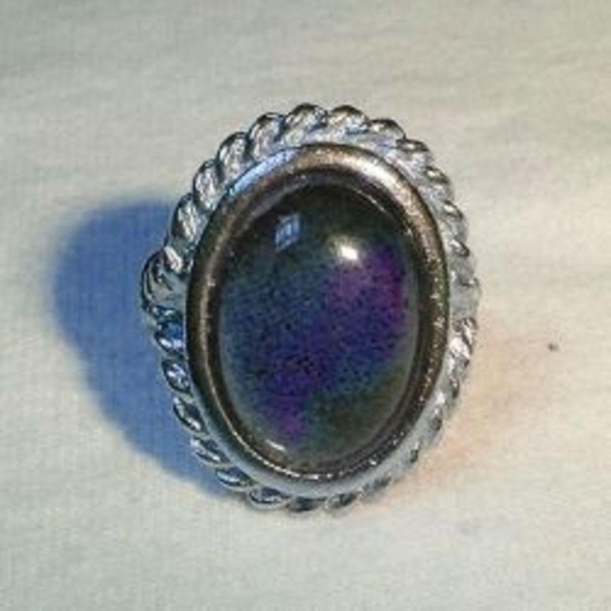 1970s Mood Ring (Alkivar)