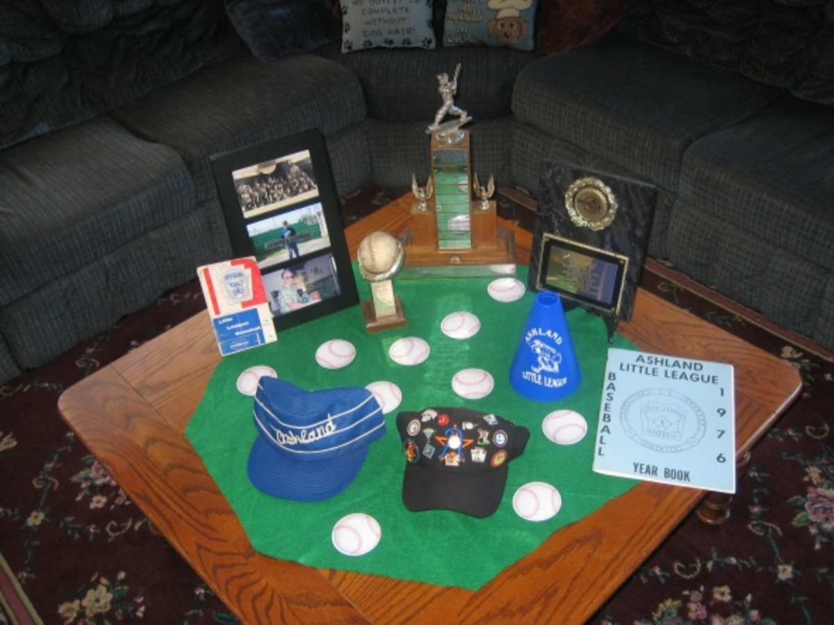 Baseball themed table decorations