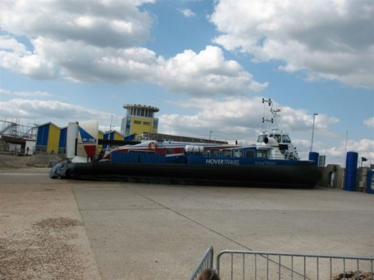 """Hovertravel """"Island Express"""" on the ramp at Southsea"""
