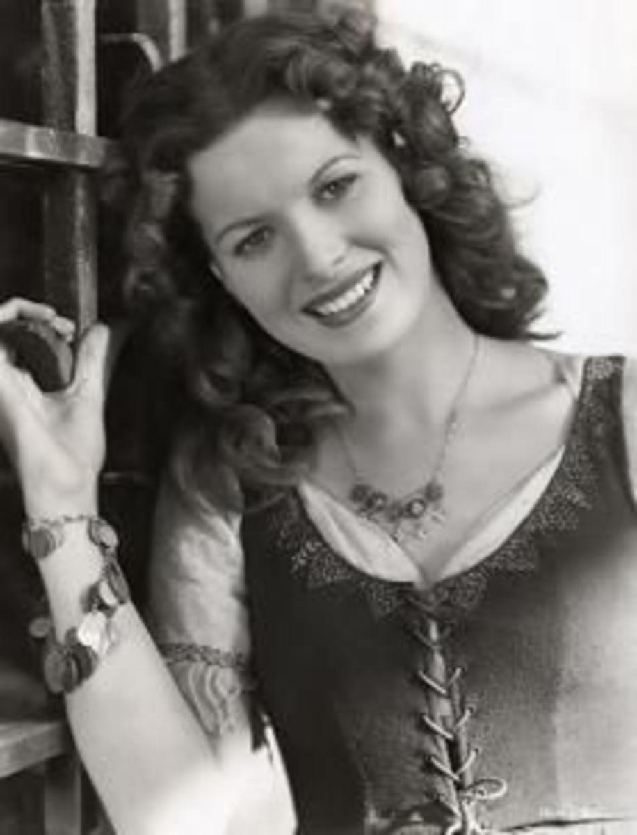 Maureen O'Hara as Esmeralda