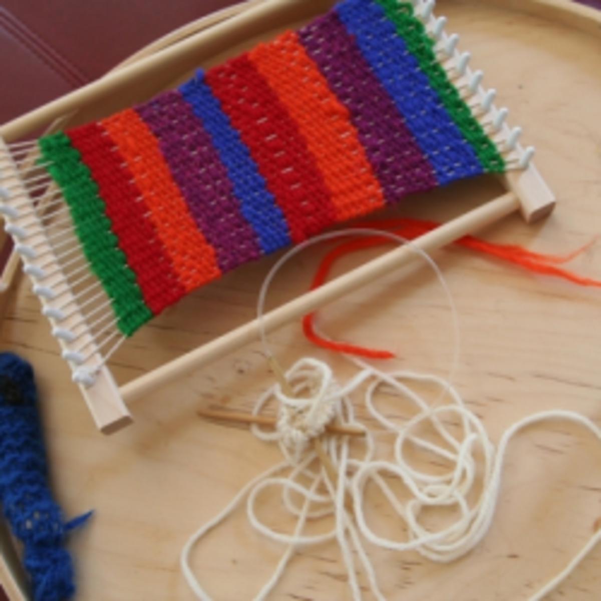 how-to-weave-fabric-loom-weaving-craft-tutorials