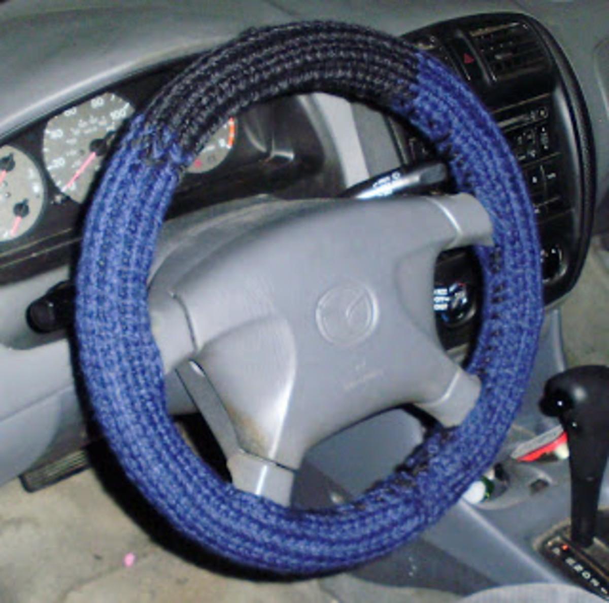 Knifty Knitter Steering Wheel Cover Pattern for the Flower Loom