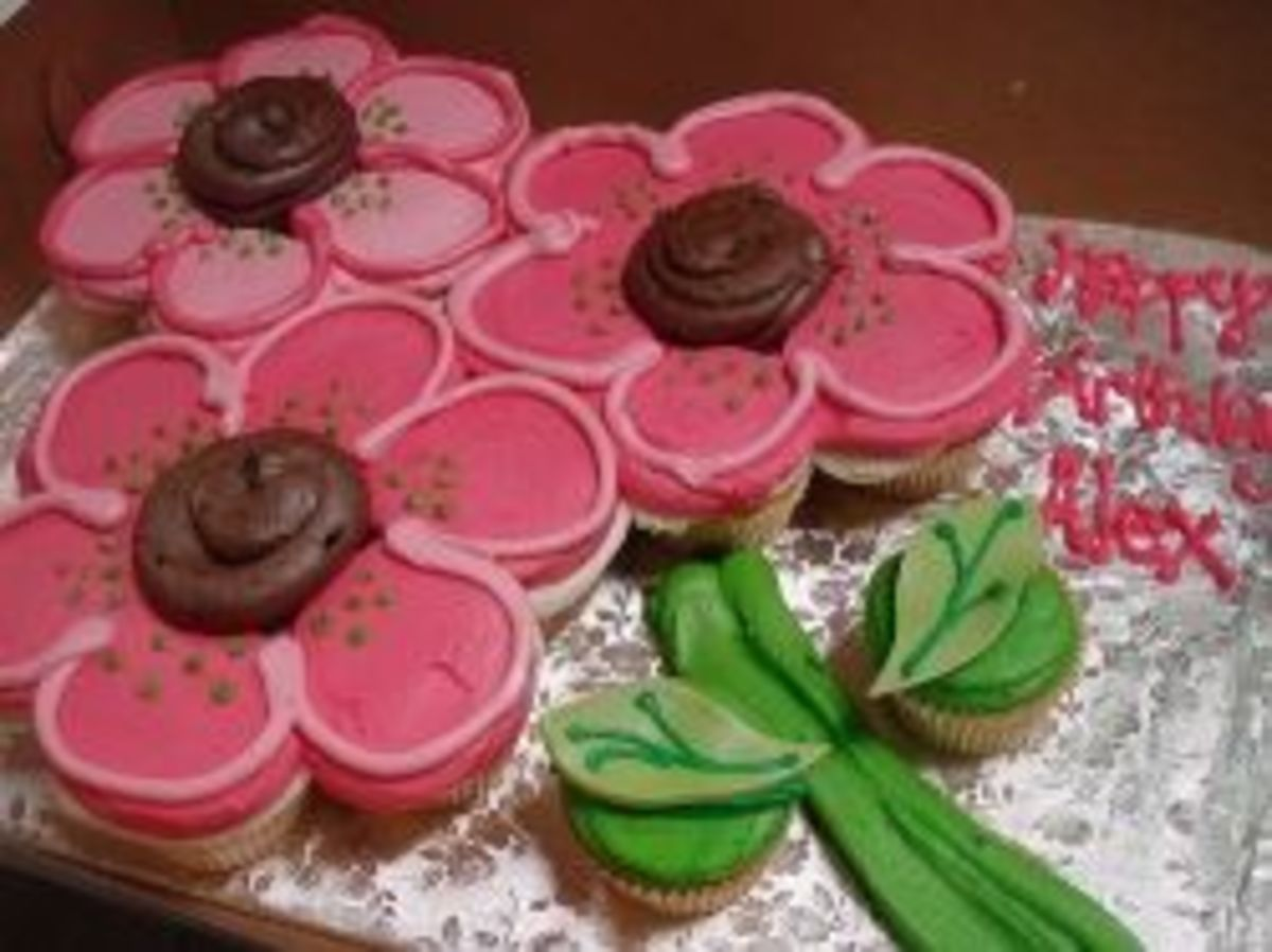 Flowers Pull Apart Cupcake Cake