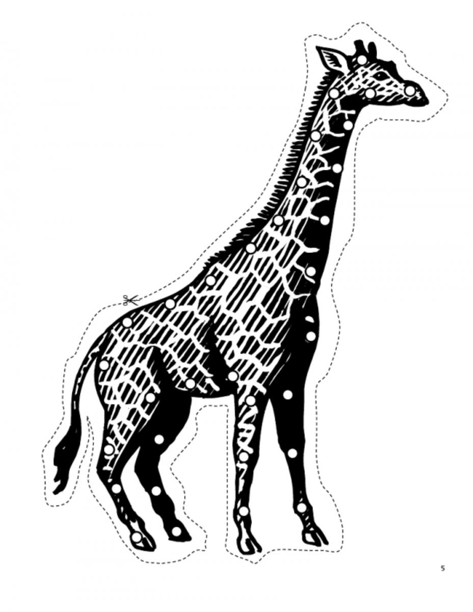Giraffe lacing card. Source:  Happy Hearts at Home