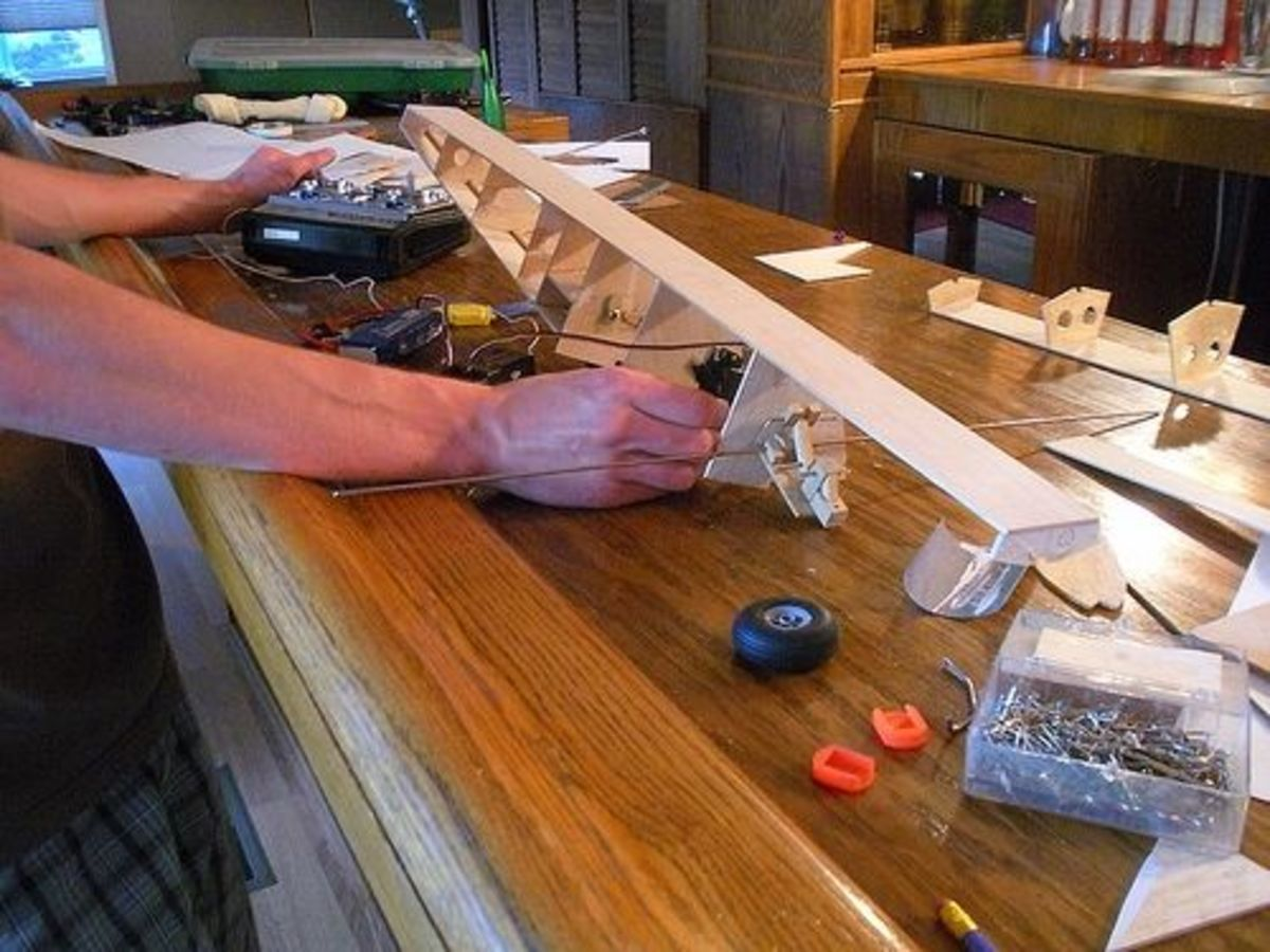 Building Model Airplanes