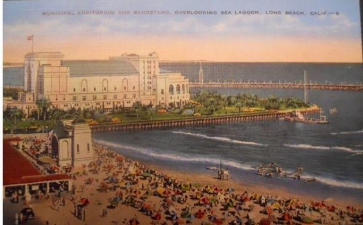 Municipal-Auditorium-CA-postcard