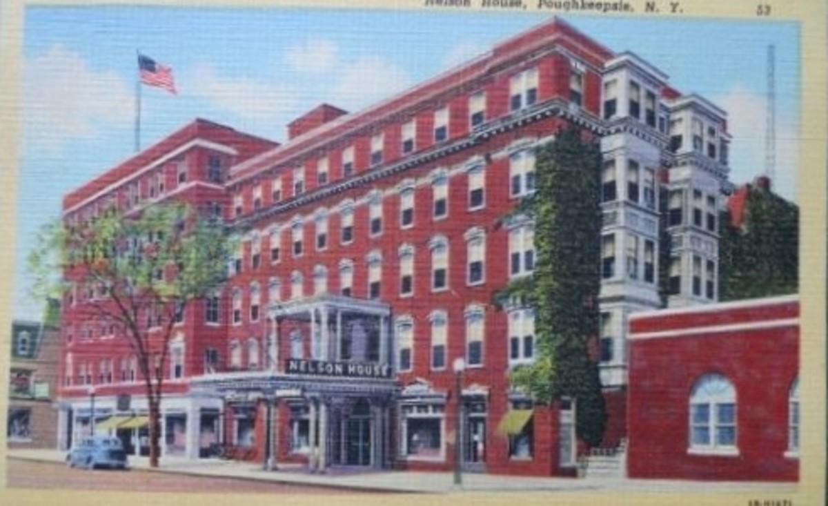 Nelson House Linen Postcard