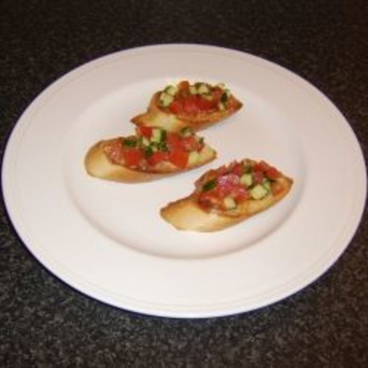 How to Make Bruschetta and Bruschetta Serving Suggestions