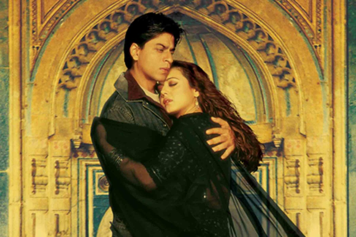 Sharukh Khan and Preity Zinta in the movie Veer Zaara - a tale of cross border love echoed in this eternal number