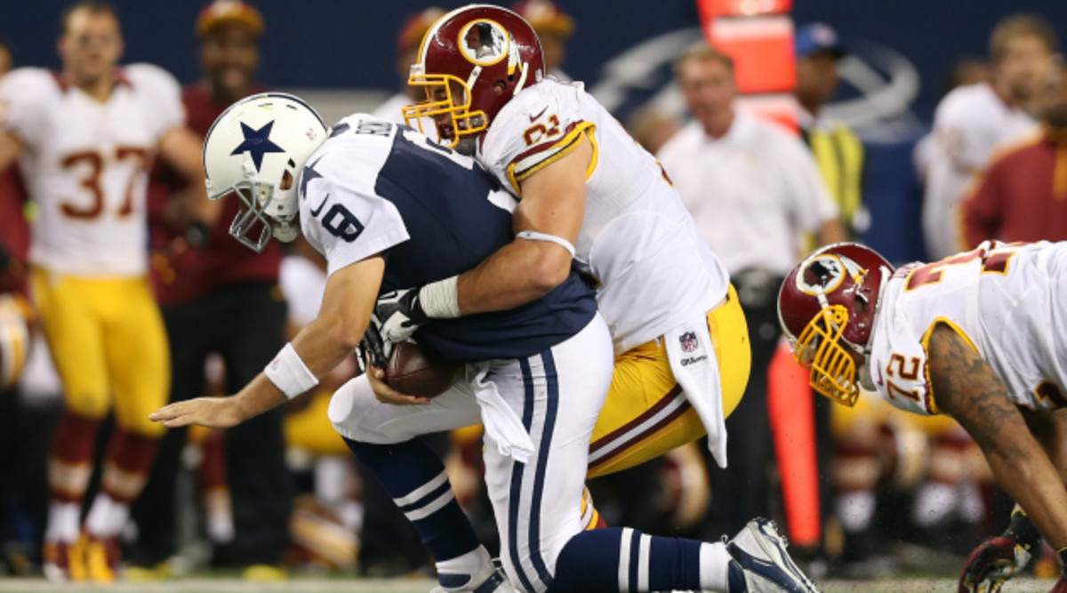 Ryan Kerrigan (Washington Redskins) sacking Tony Romo (Dallas Cowboys)