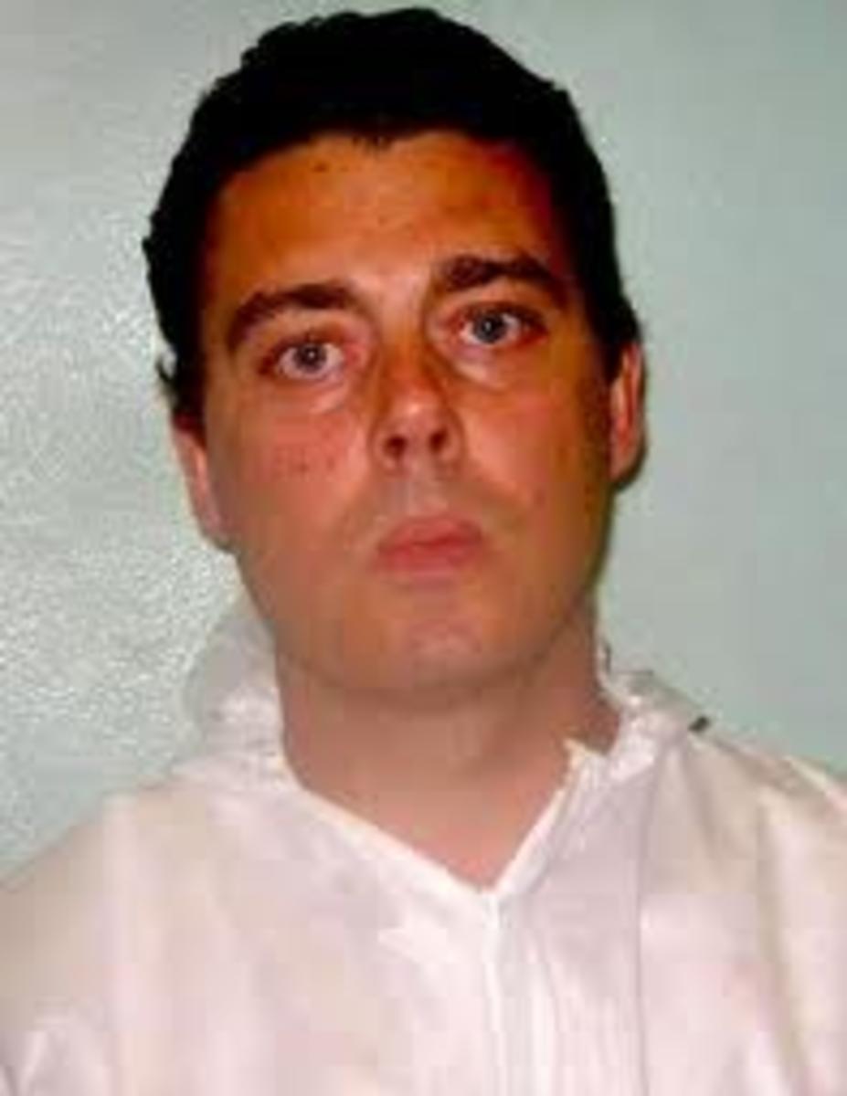 Mark Dixie, a suspect murdered his girlfriend