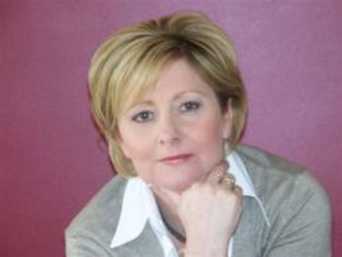 Author Debi Marshall