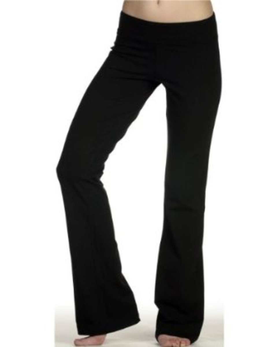 These pants come in five colours and have mostly very good reviews.